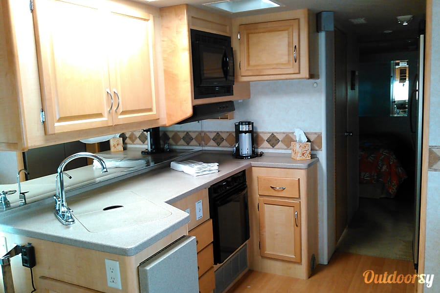 interior 2003 Fleetwood Southwind Costa Mesa, CA