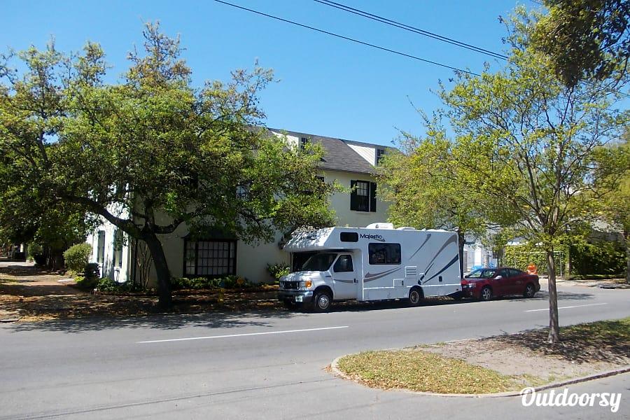 exterior 2008 Majestic West Palm Beach, FL