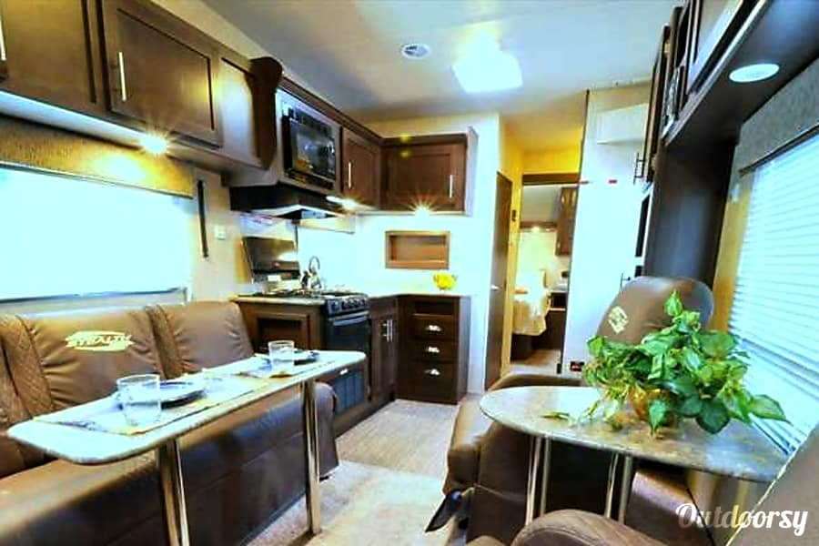 2015 Forest River Stealth Hesperia, CA living room
