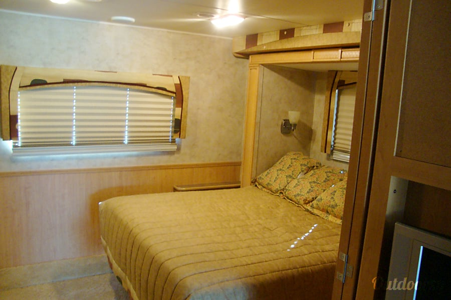 interior 2009 Damon Daybreak Deer Park, TX
