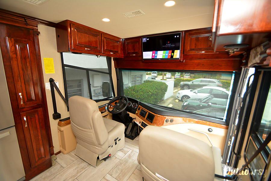 interior 2017 Fleetwood Discovery Palm Coast, FL