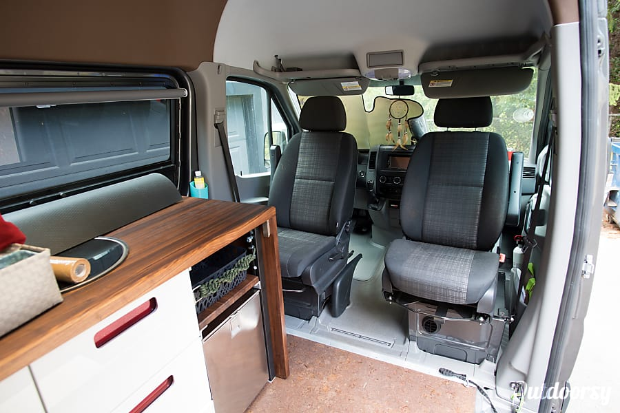 2016 4x4 Mercedes-Benz Sprinter RV Portland, OR Swivel seats allow for more use.