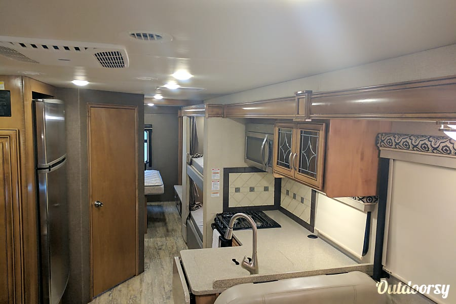 interior 2017 Thor Motor Coach Four Winds Centennial, CO