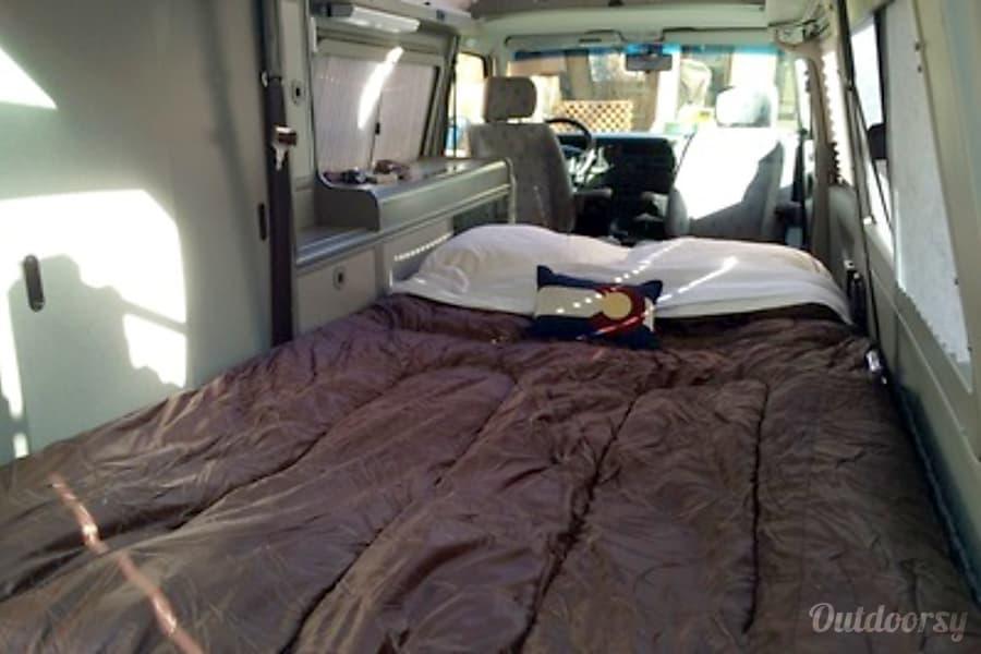 Cassidy - Volkswagen Eurovan Full Camper Lakewood, CO