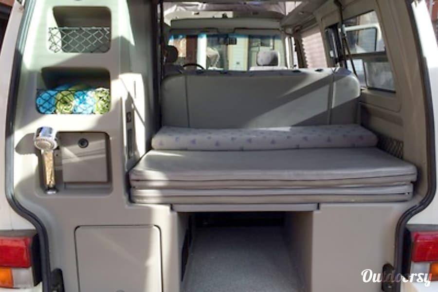 Mariposa - volkswagen Eurovan Full Camper