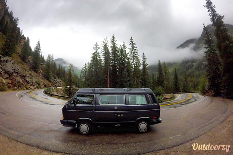 Frankie - Volkswagen Vanagon Camper Lakewood, CO