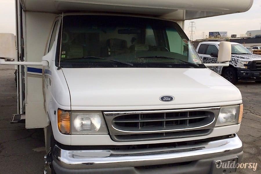 2002 Ford Fourwinds Belleville, MI