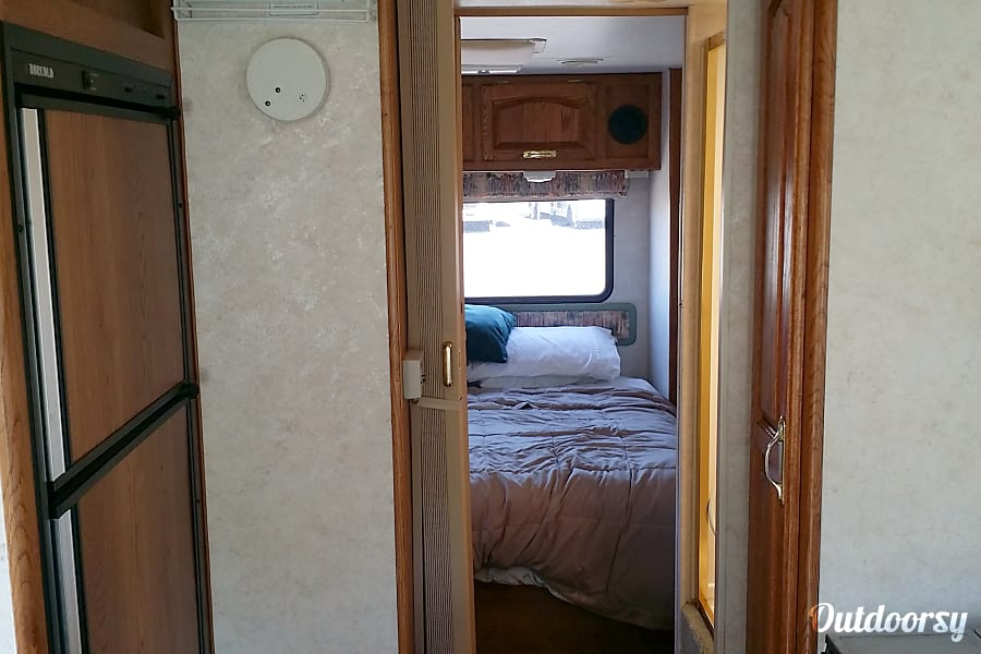 interior 1998 Damon Daybreak Longview, WA
