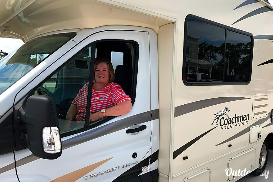 Rent Linda Highley Coachman Freelander RV on Outdoorsy