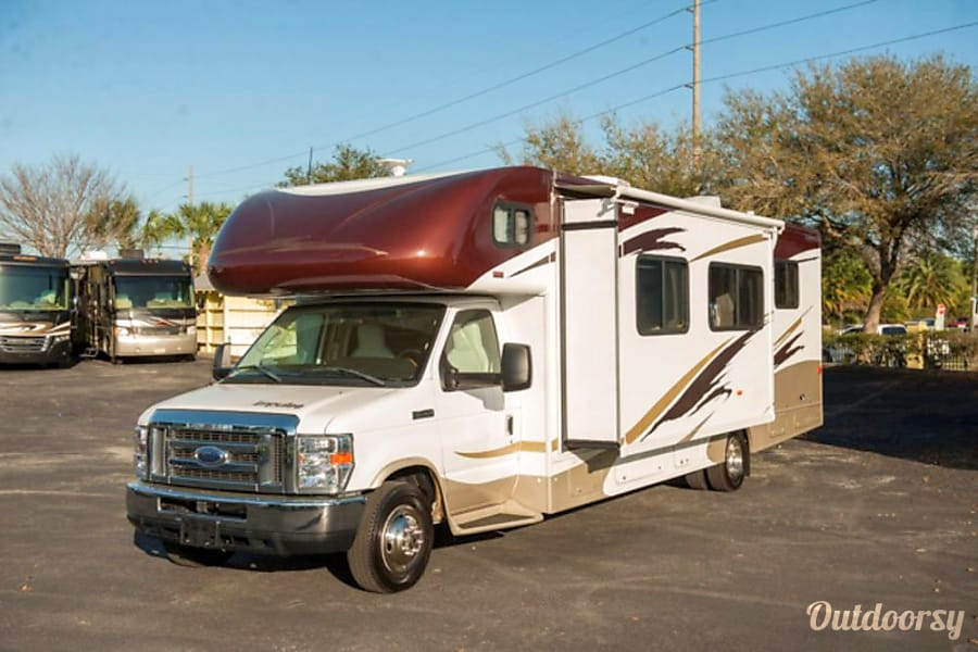 exterior Winnebago Itasca Impulse NI Gulfport, FL