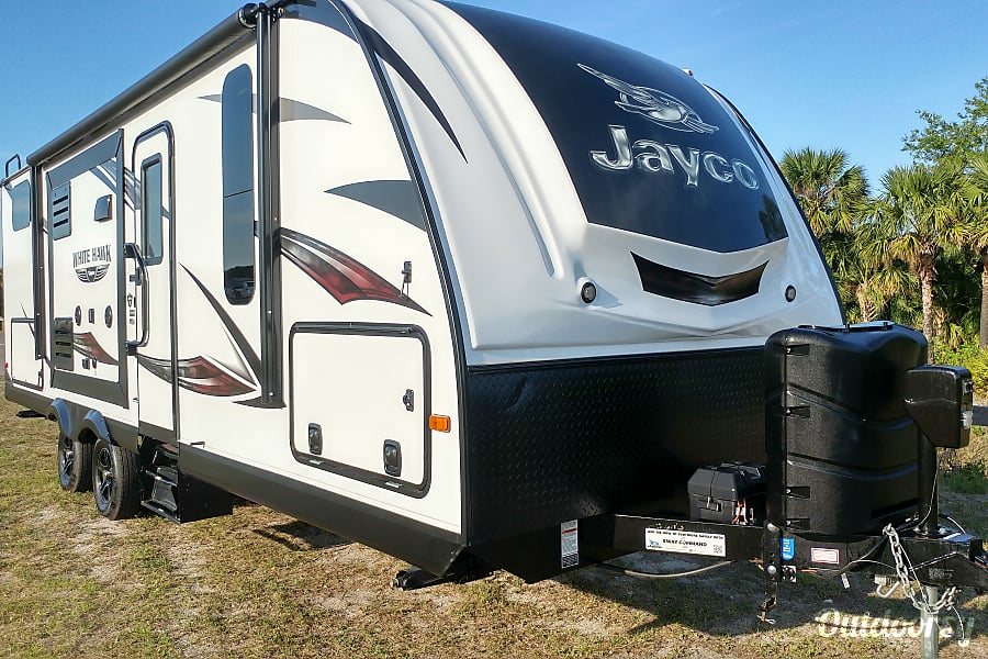 2016 Jayco Whitehawk 25BHS Cocoa, FL Imagine pulling up in this!  You'll be the envy of your neighbors!