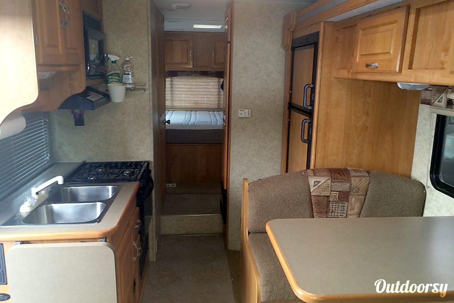 San Diego - 2008 Coachmen Freelander San Diego, CA Kitchen with everything you need. Pots and pans, dishes and cutlery all live in the rig.