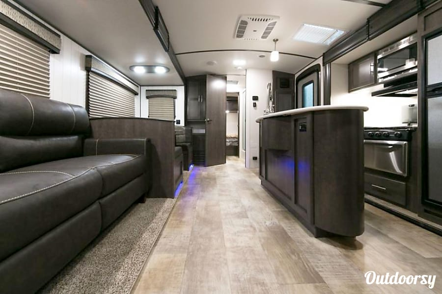interior 2017 Sunset Trail - Perfect Bunkhouse Trailer Knoxville, TN