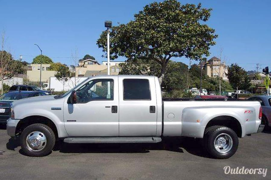 2006 Ford F350 Dually Diesel Motor Home Other Rental In