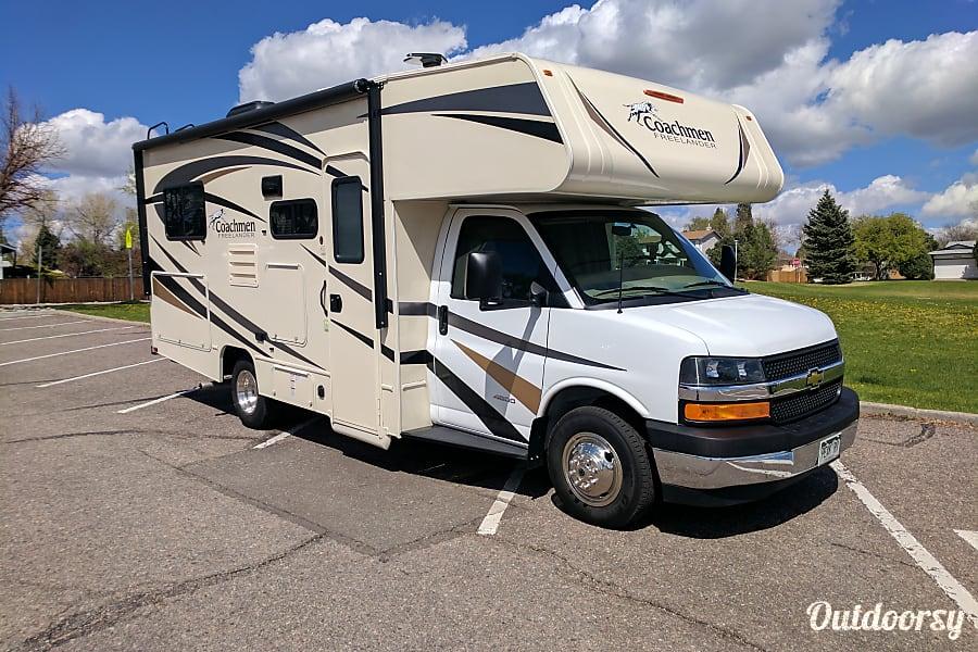 exterior 2018 Coachmen Freelander 21QB Centennial, CO