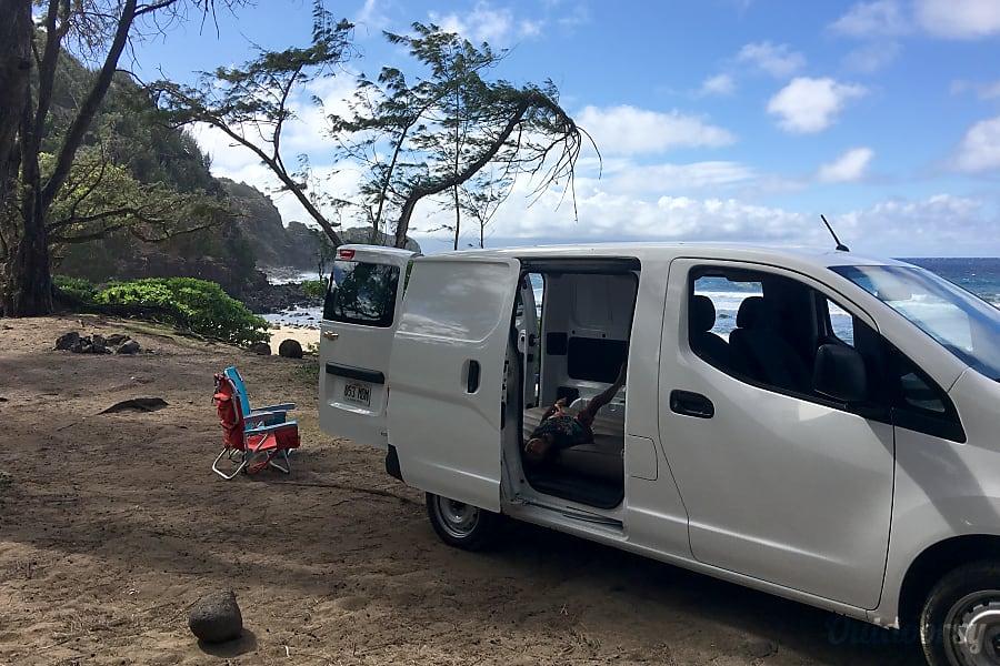 Lahaina New MAUI Vacation On Wheels