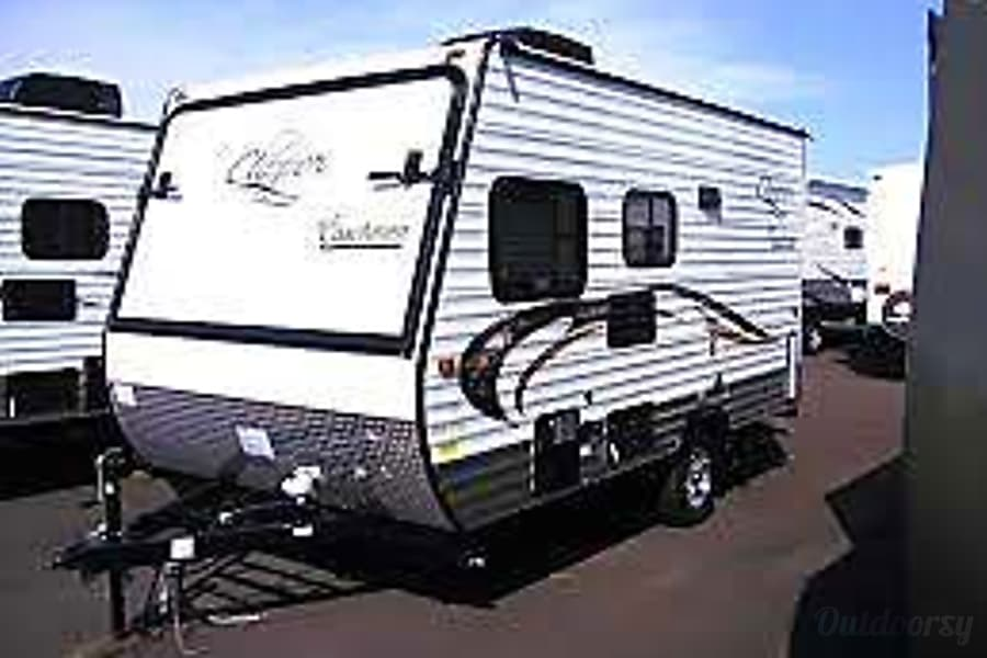 exterior 2015 Coachmen Clipper Hybrid North Plains, OR