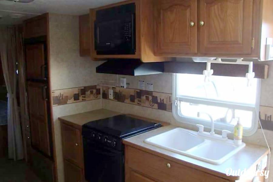 interior 2007 Keystone Springdale Indio, CA