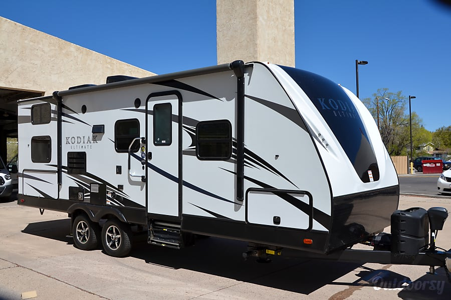exterior 2017 Dutchmen Kodiak Ultimate Luxury Flagstaff, AZ