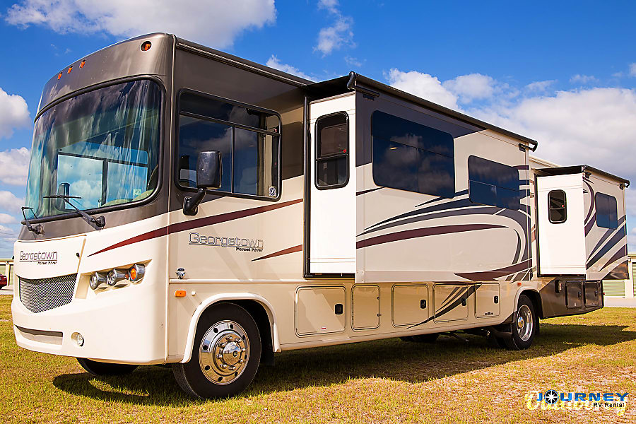 exterior Forest River Georgetown - 36' Class A With Bunks Riverview, FL