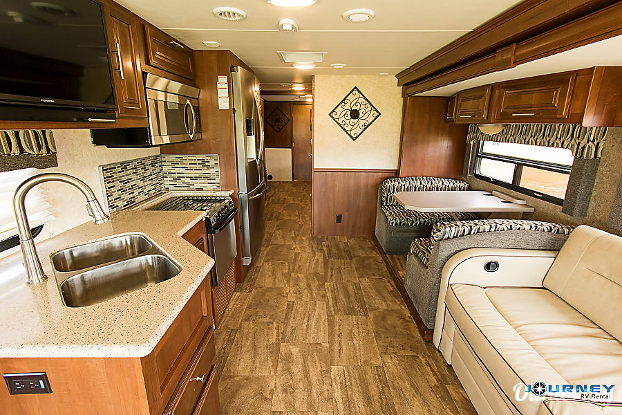 interior Forest River Georgetown - 36' Class A With Bunks Riverview, FL