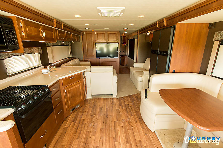 Holiday Rambler Vacationer - 36' Class A Riverview, FL Interior full view