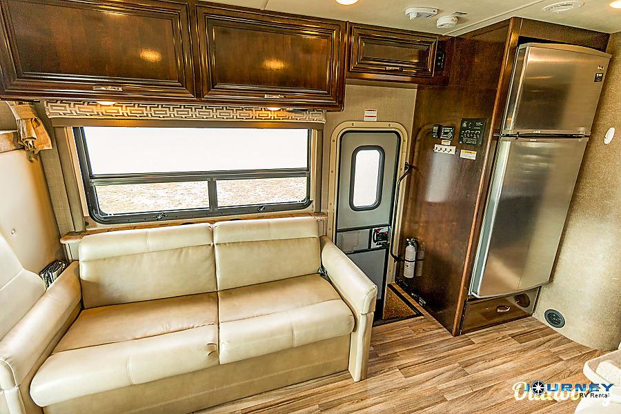 interior Thor Quantum - 31' Class C Riverview, FL