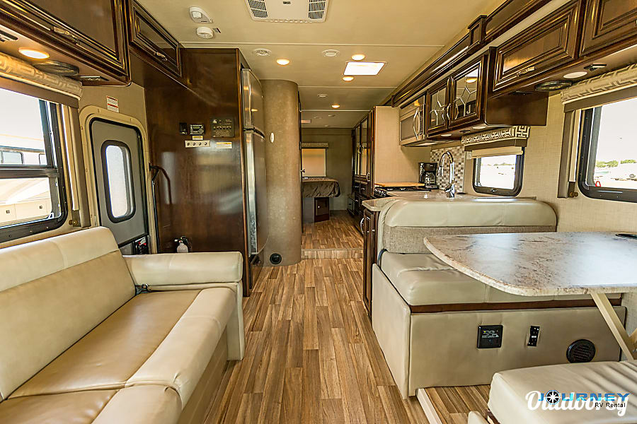 Thor Quantum - 31' Class C Riverview, FL View from cab