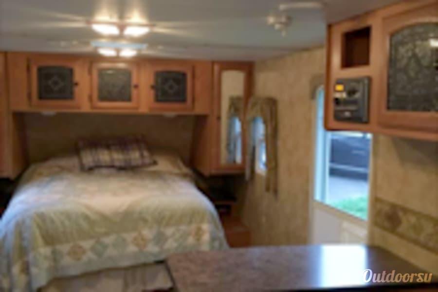 interior 2008 Heartland North Trail Hampden, ME