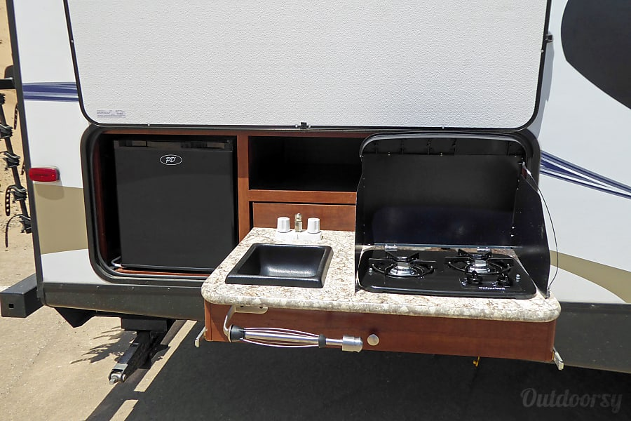 29' Passport Ultra Lite Bunkhouse Pismo Beach, CA Outdoor kitchen with range and refrigerator