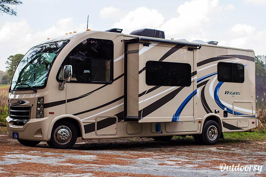 exterior The Vegas - 2017 Thor Motor Coach, unit 1 Lithia Springs, GA
