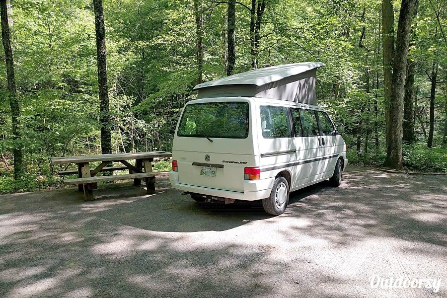 """exterior """"Easy"""" 1993 Volkswagen Westfalia Weekender Camper Van Cleveland, TN"""