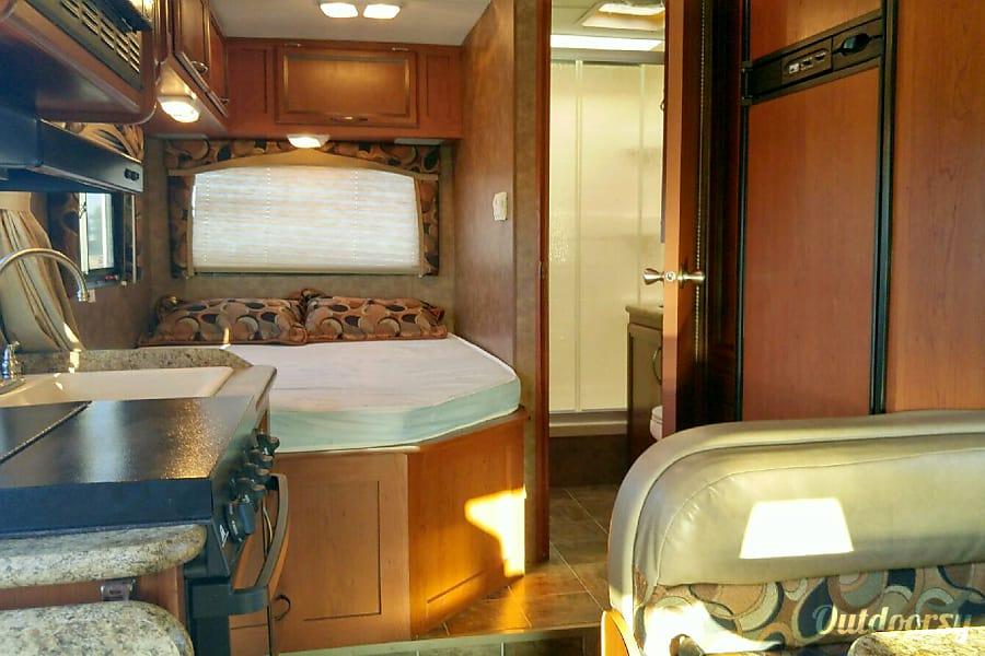 interior 2013 Thor Motor Coach Chateau Phoenix, AZ