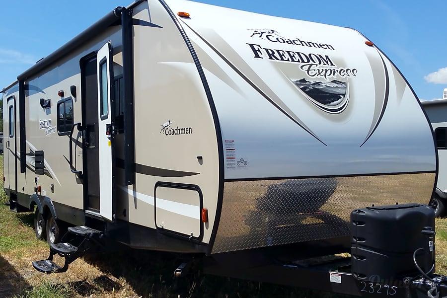 2017 Coachmen Freedom Express Temple, TX