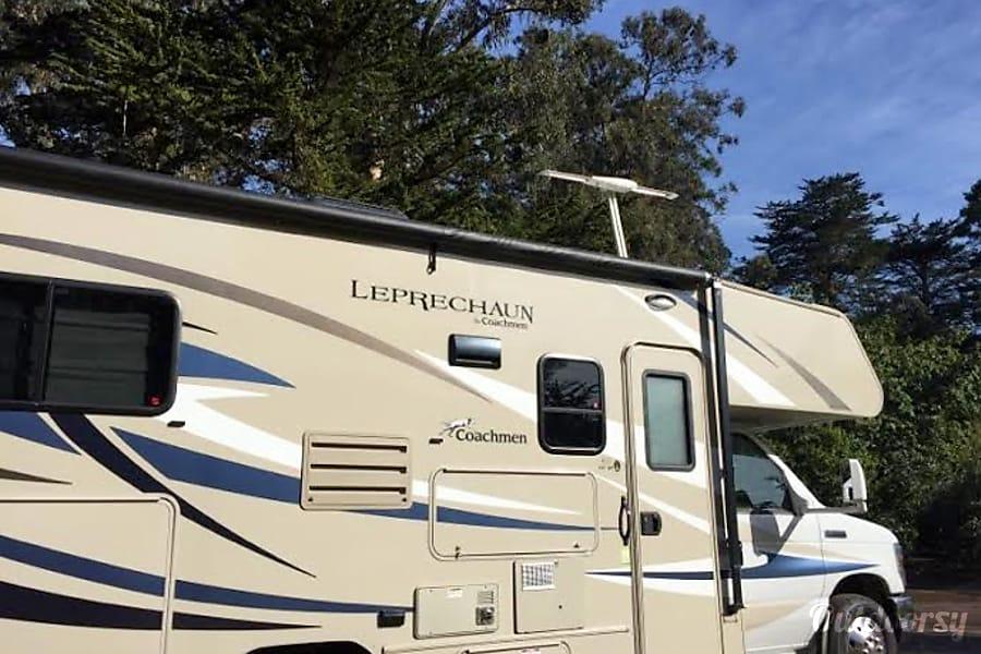 exterior 2016 Coachmen Leprechaun Ventura, CA