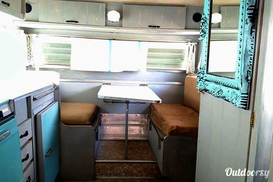 1965 Aristocrat Lo Liner Trailer Rental In Saratoga