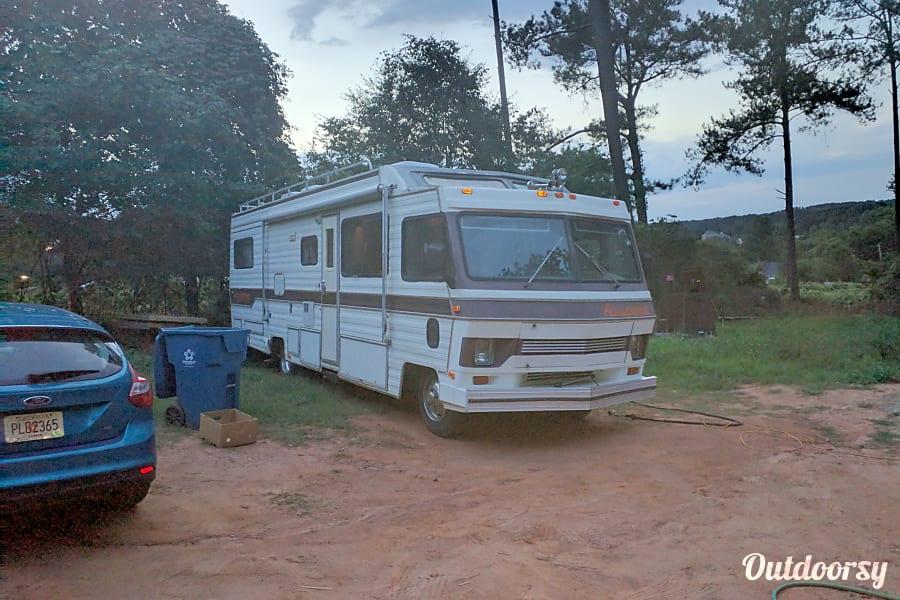 "exterior ""Ol' Bessie"" - 1988 Tiffin Motorhomes Allegro M37 Monroe, GA"