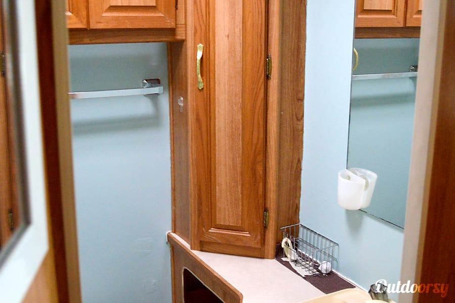 Remodeled Coachman Leprechaun Florissant, Missouri Bathroom