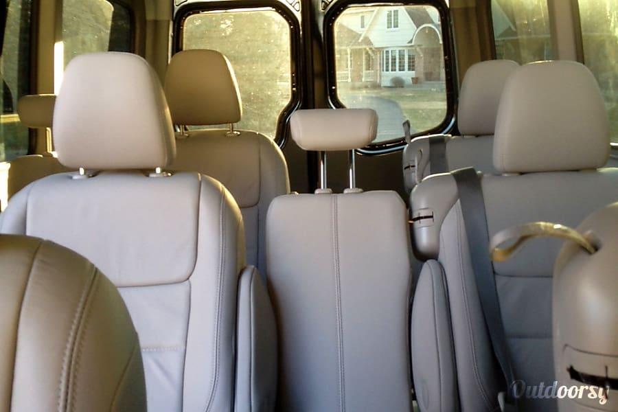 2013 Mercedes-Benz Travel Van 12 Seats Motor Home Class B Rental in ...