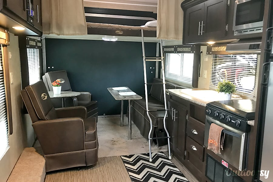 interior 2015 Stealth, Ultimate Stay Anywhere Trailer!! NEW $105 Winter Rate's!!! Oxnard, CA