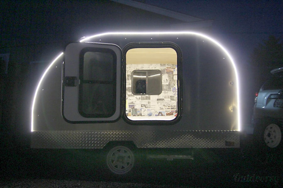 2017 Custom Teardrop Camper Bend, OR Nice and bright at night