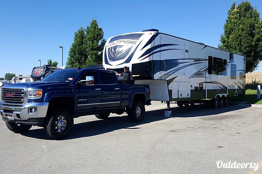 2015 Dutchmen V3990 Boise, Idaho