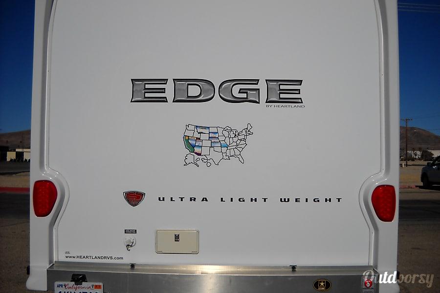 exterior 2011 Heartland Edge Los Angeles, CA