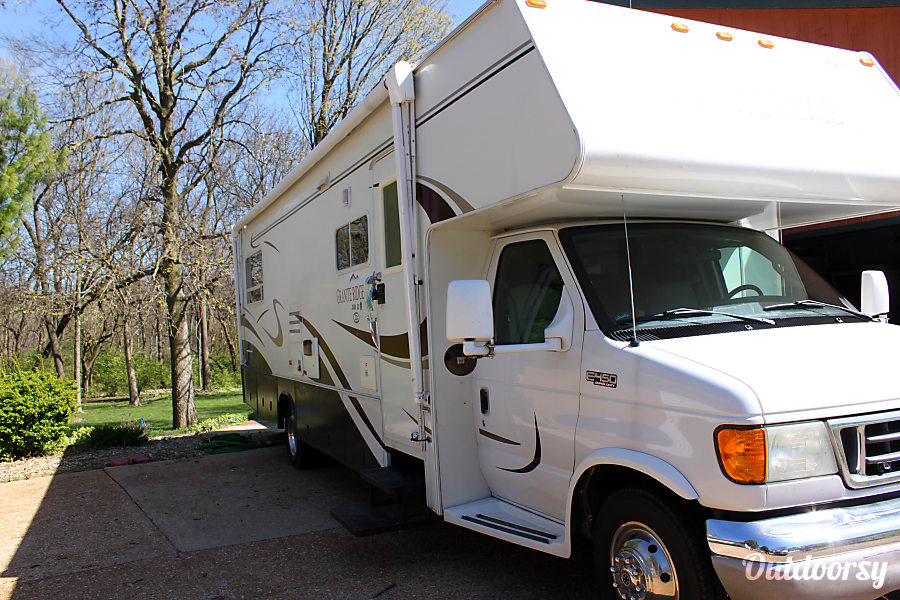 exterior The Perfect Home Away from Home!! 2004 Jayco Mini Granite 31' Easy to Handle! Chatham, IL