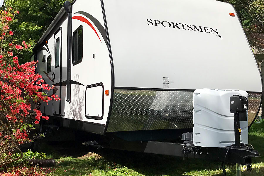 2015  30 ft Sportsman Showstopper Haverhill, MA Easy to park