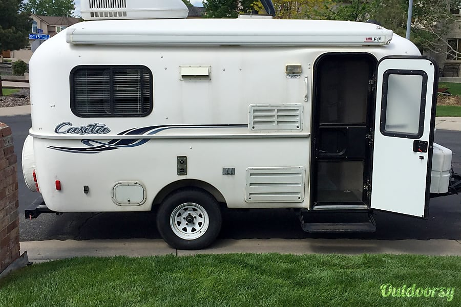 2008 Casita 17' Spirit Deluxe Travel Trailer Arvada, CO 17 foot trailer with awning and air conditioner, fantastic fan roof vent