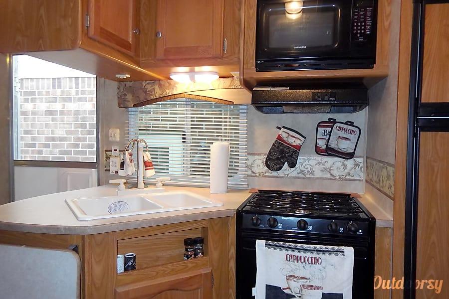interior 2007 Dutchmen Freedom Spirit Elizabeth City, NC