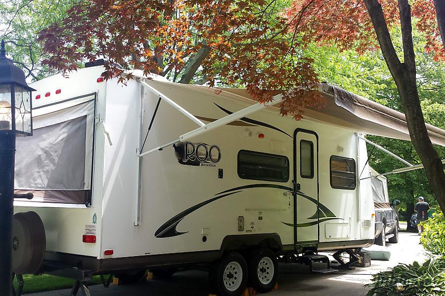 exterior 2013 Forest River Rockwood Roo Hybrid Trailer Grosse Pointe Park, MI