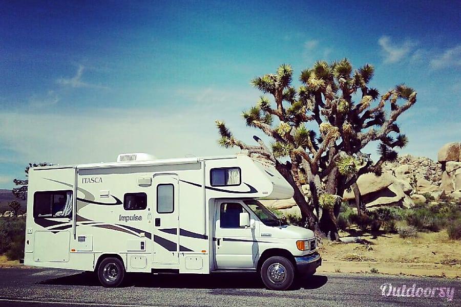 exterior The Leamon Party Bus!  (24 ft, Sleeps 6+) Escondido, CA