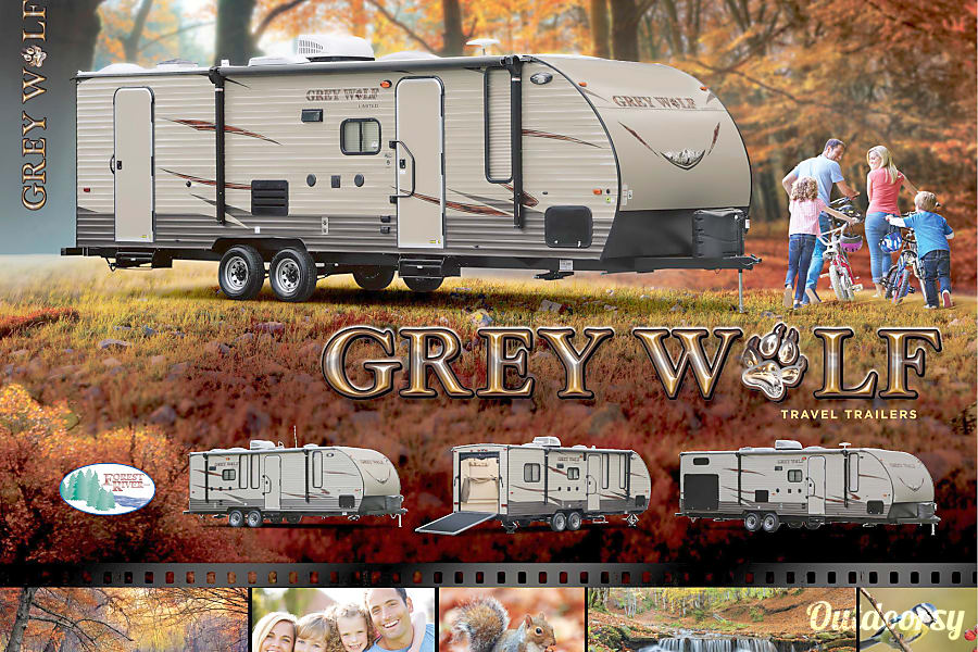 exterior 2016 Forest River Cherokee Grey Wolf Jacksonville, FL